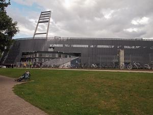 Das neue Weserstadion mit Sichtschutz